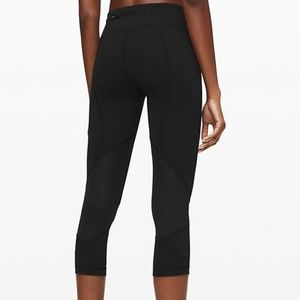 Lululemon Athletica Black Crop Leggings Size 4